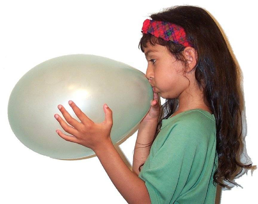Blowing balloon03.jpg