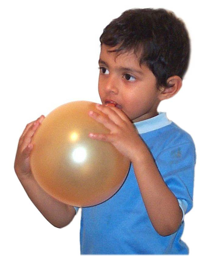 Blowing balloon04.jpg