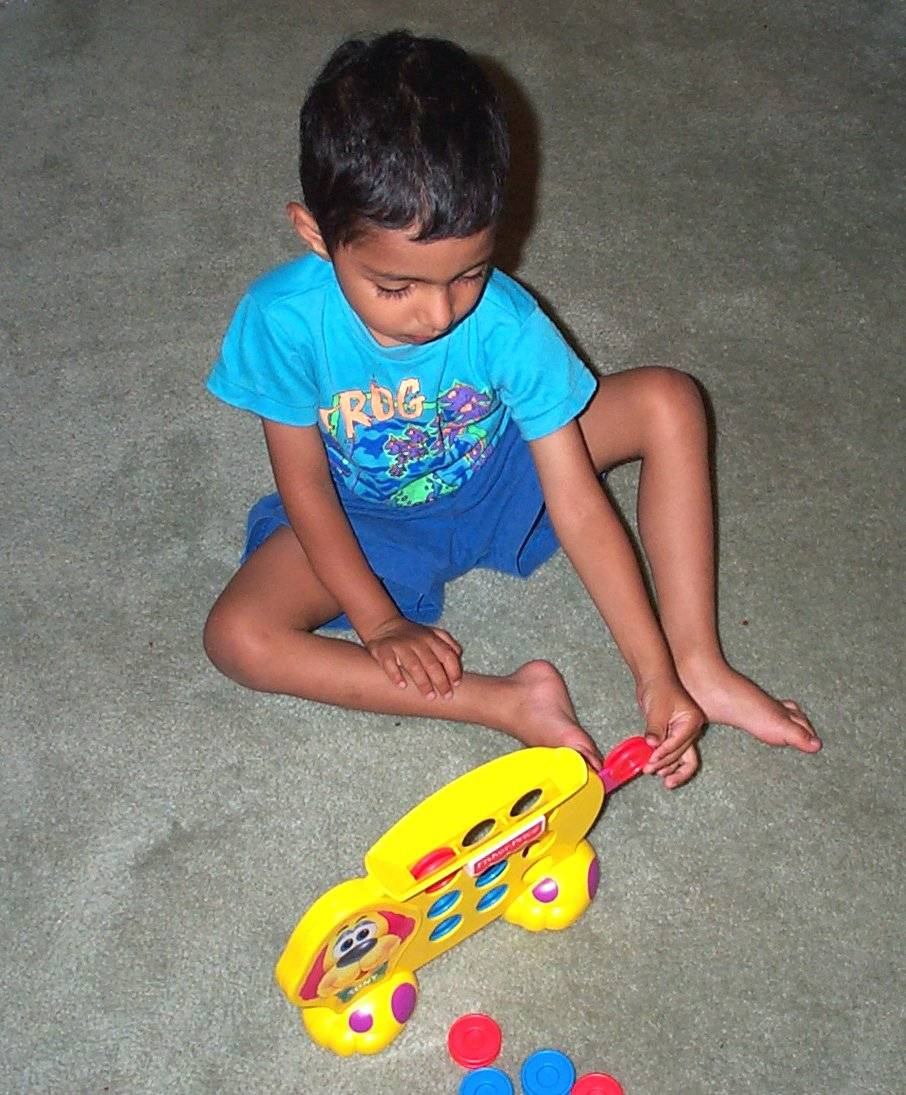 Child playing on floor2.jpg