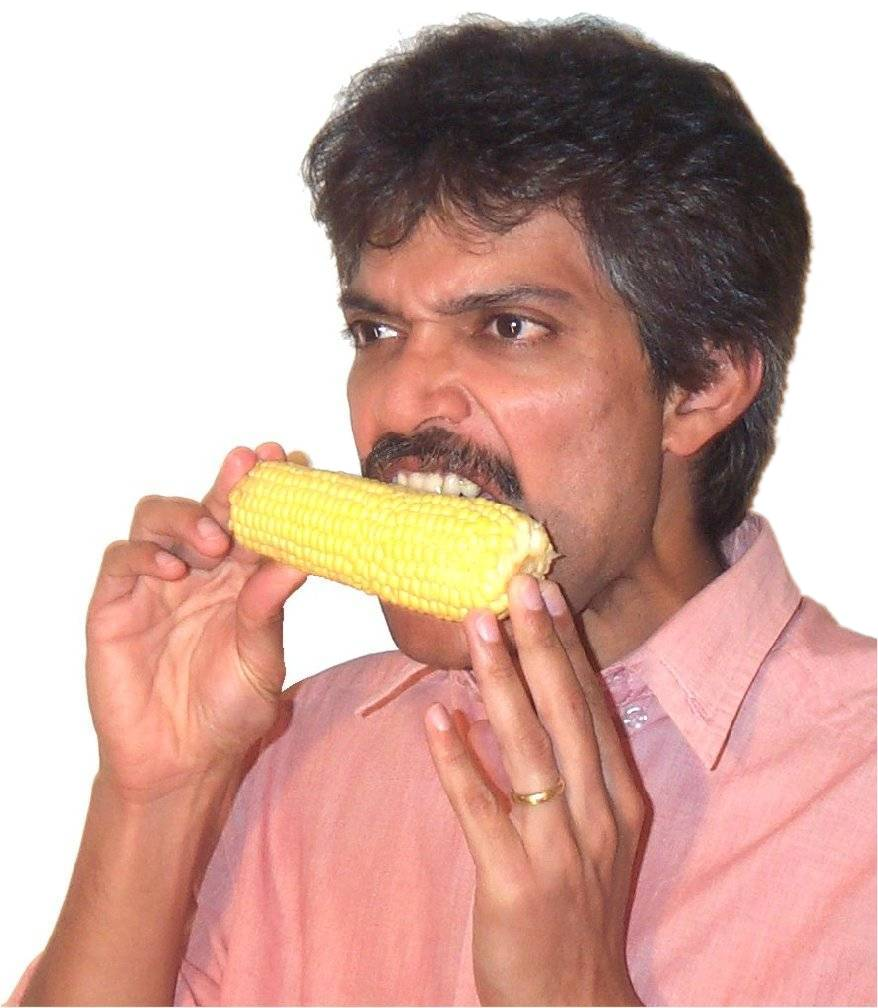 Eating corn3.jpg