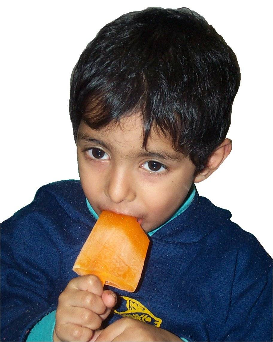Eating ice lolly1.jpg