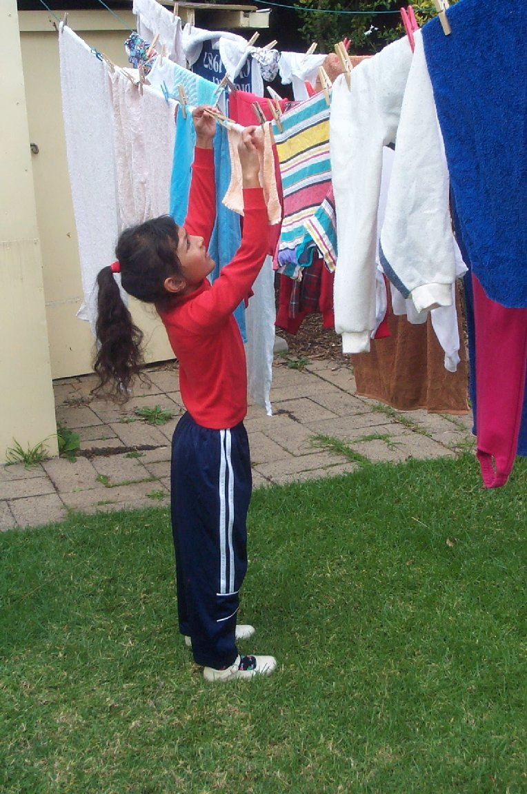 Hanging clothes to dry3.jpg