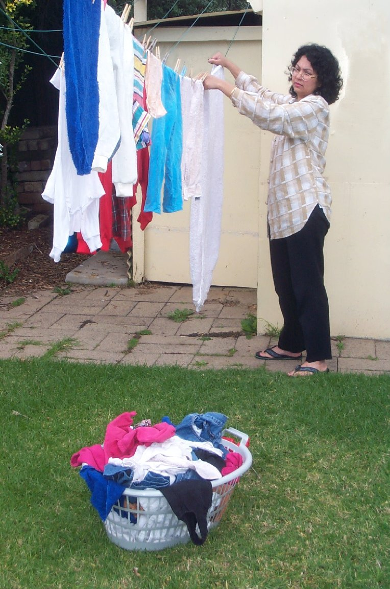 Hanging clothes to dry4.jpg
