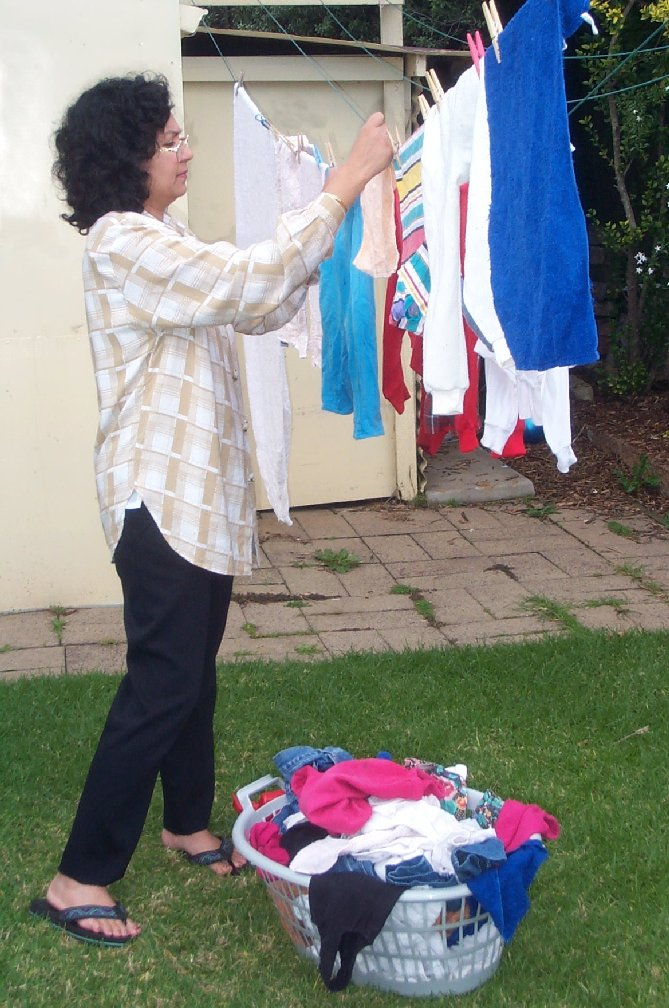 Hanging clothes to dry5.jpg