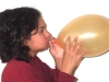 Blowing balloon02.jpg