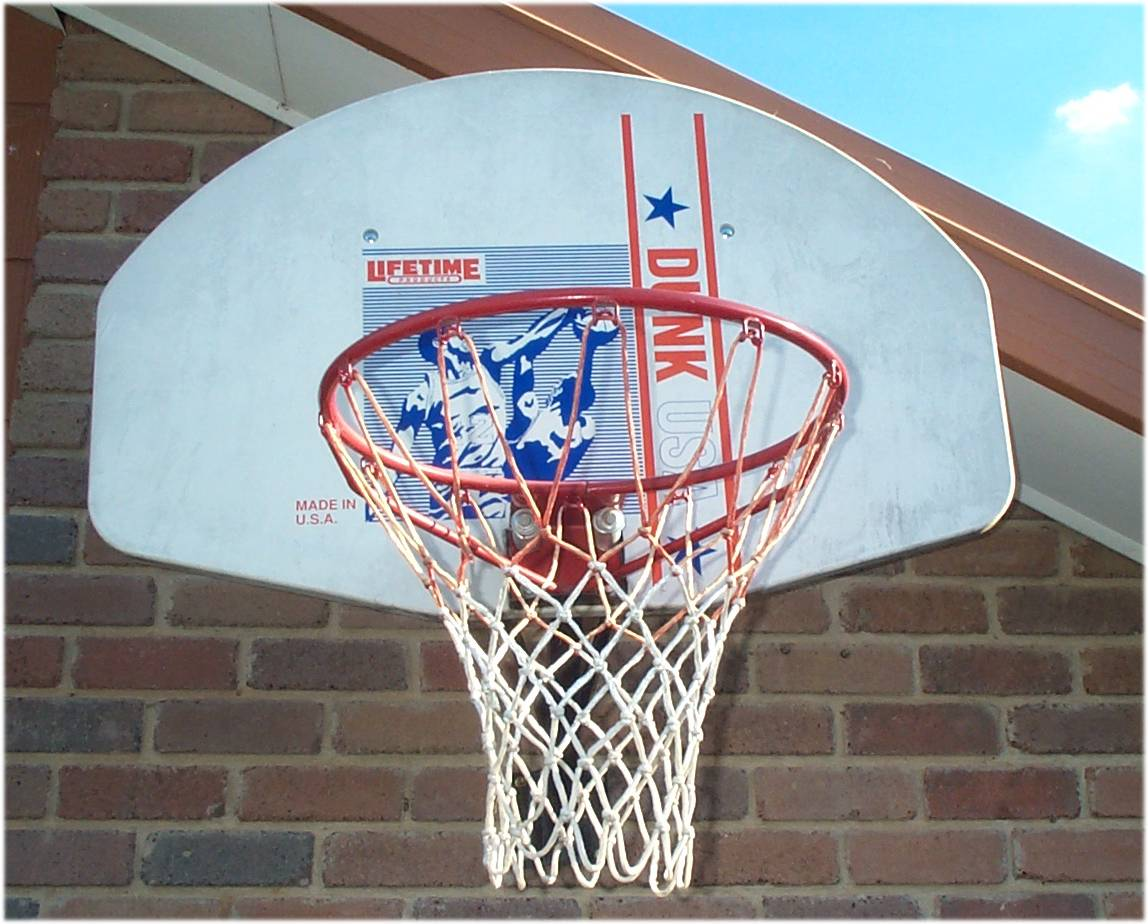 Basketball hoop.jpg