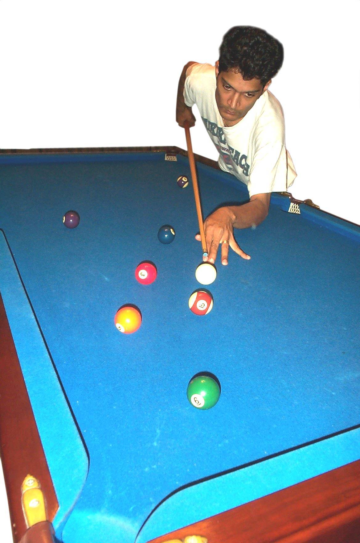 Pool table (big).jpg