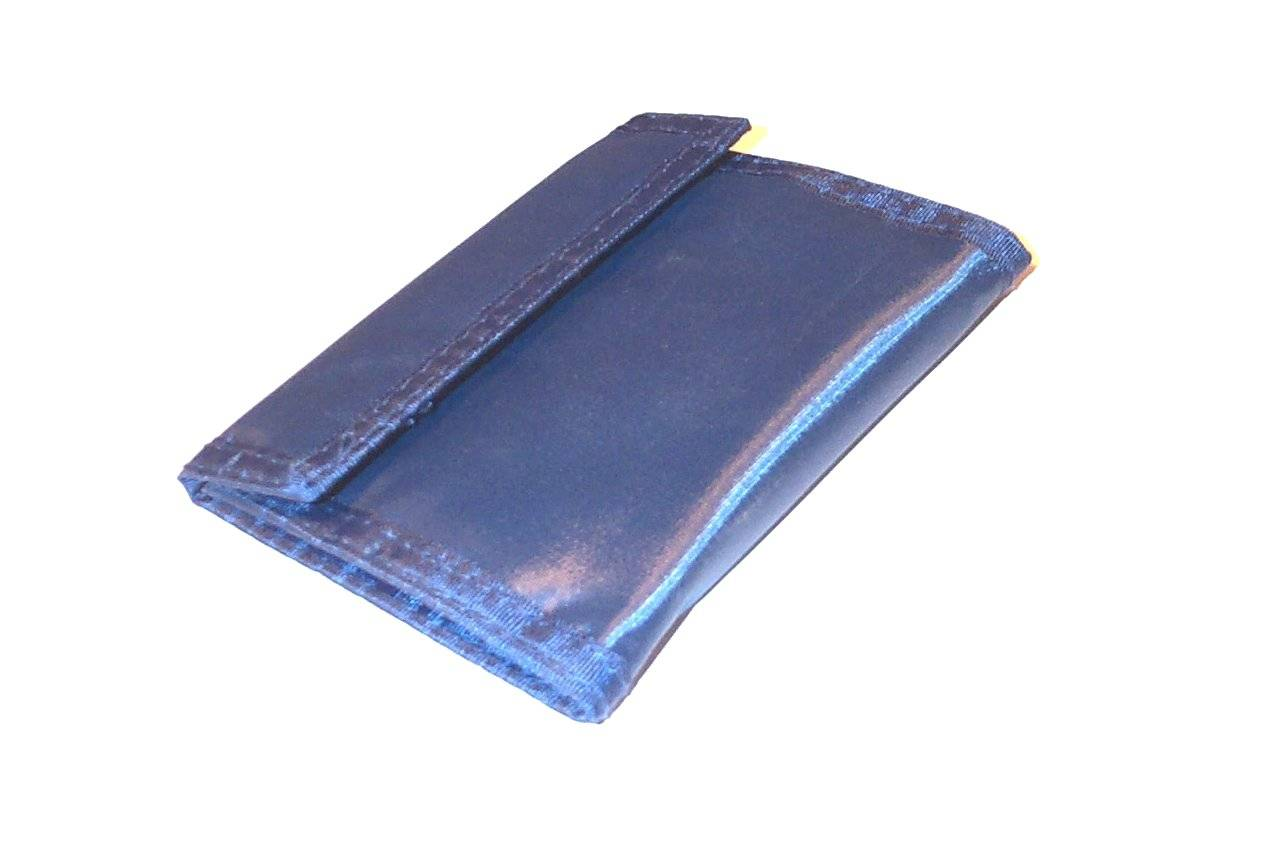 Wallet (closed).jpg