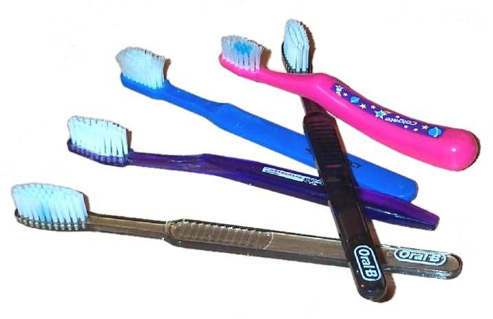 Tooth brushes2.jpg